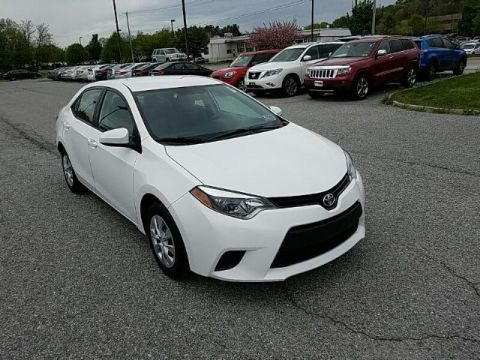 Pre-Owned 2015 Toyota Corolla BSE FRONT WHEEL DRIVE sedan