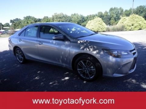 New 2017 Toyota Camry SE Automatic FRONT WHEEL DRIVE sedan