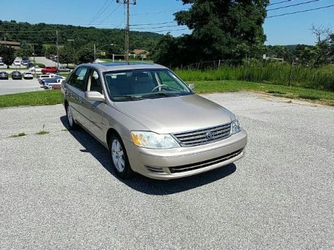 Pre-Owned 2003 Toyota Avalon 4dr Sdn XL w/Bucket Seats FRONT WHEEL DRIVE sedan