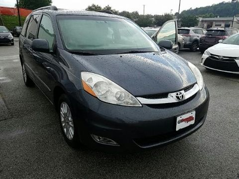 Pre-Owned 2009 Toyota Sienna 5dr 7-Pass Van XLE Ltd AWD ALL WHEEL DRIVE van