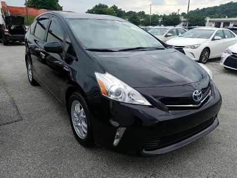 Pre-Owned 2012 Toyota Prius v 5DR WGN TWO FRONT WHEEL DRIVE wagon