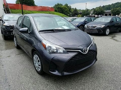 Pre-Owned 2015 Toyota Yaris 5DR LIFTBACK AUTO L FRONT WHEEL DRIVE sedan