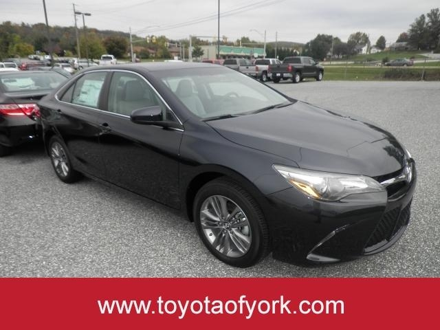 new 2017 toyota camry se automatic sedan in york t39331 toyota of york. Black Bedroom Furniture Sets. Home Design Ideas