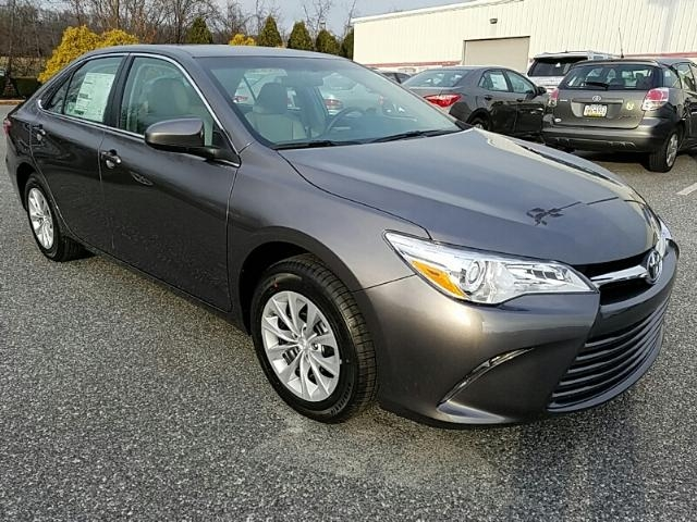 New 2017 Toyota Camry LE AUTOMATIC